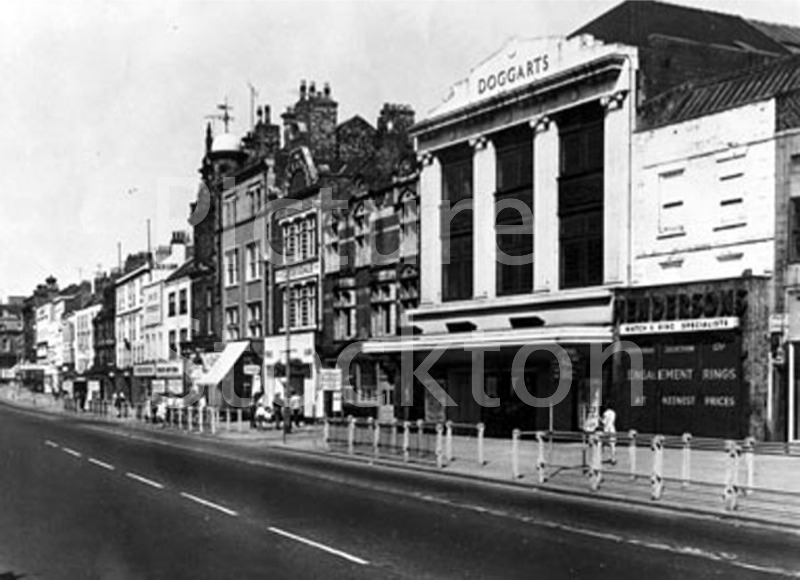 Shops On Stockton High Street Dogarts Greenwoods